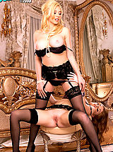 nylons, Kagney Linn Karter & Faye Reagan get down to some serious pussy pleasing! Simply delicious!