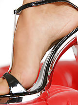 Stiletto Shoes, Beauties exposed Dominance - Lea Tyron