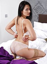 Slit and Butt Worship Image Set No. 1589 Leanne Lace peel down bare unveils her moist Fotze