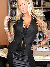 Naughty Office, Lolly Ink