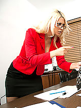 Open Legs, Naughty Office Sex with Jazy Berlin
