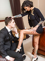 Sexy Secretaries, Bonnie Rotten