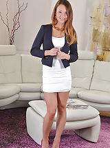 Hot Secretary, Taylor Sands