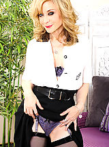 Nina Hartley™