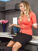 Samantha Saint,Naughty Office,Samantha Saint, Xander Corvus, employer, seat, Desk, Office, American, Arse licking, Butt smacking, Ball licking, Large Arse, Larger Fake Jugs, Massive Jugs, Blonde, Blow Job, Blue Eyes, Caucasian, Deepthroating, Facial, Fake