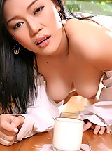 Naughty Office, Asian Women ma yu jie 04 kitchen milky tits