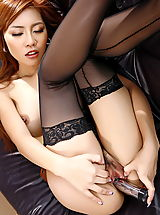 red stockings, minny fong 16 wet vagina dildo insertion