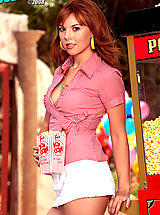 Hot and fresh! Delila Darling serves you up some delicious popcorn with a side of sweet pussy!