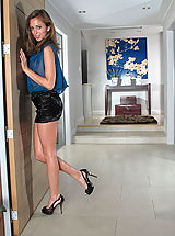 Between Legs, Riley Reid