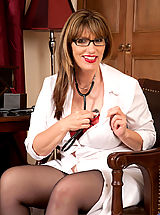 Hot Secretary, Cougar with big boobs begins to seductively undress