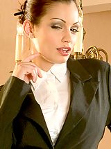Hot Secretary, Aria Giovanni