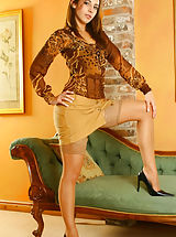 Secretary Pics: Sultry Emma wearing miniskirt and tan stockings