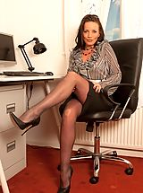 Busty Secretary, Marlyn- Frustrated Pantyhose Secretatry