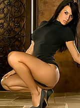 Hot Secretary, Diana LaDonna