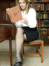 Naughty Secretary, Miss Rae