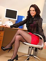 Naughty Office, Busty college girl Kelly reveals her amazing breasts for all
