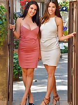 Hot Secretary, Saraya-&-Chloe